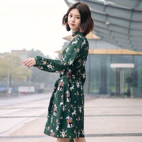 艾莱依2018春季新品印花直身连衣裙601828034
